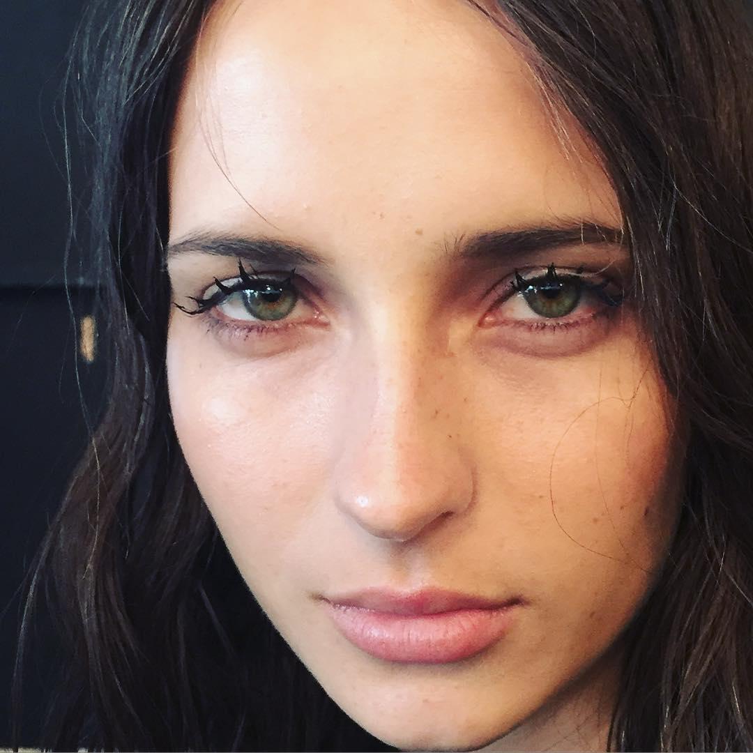 Spider Lashes - самый модный макияж ресниц из Instagram