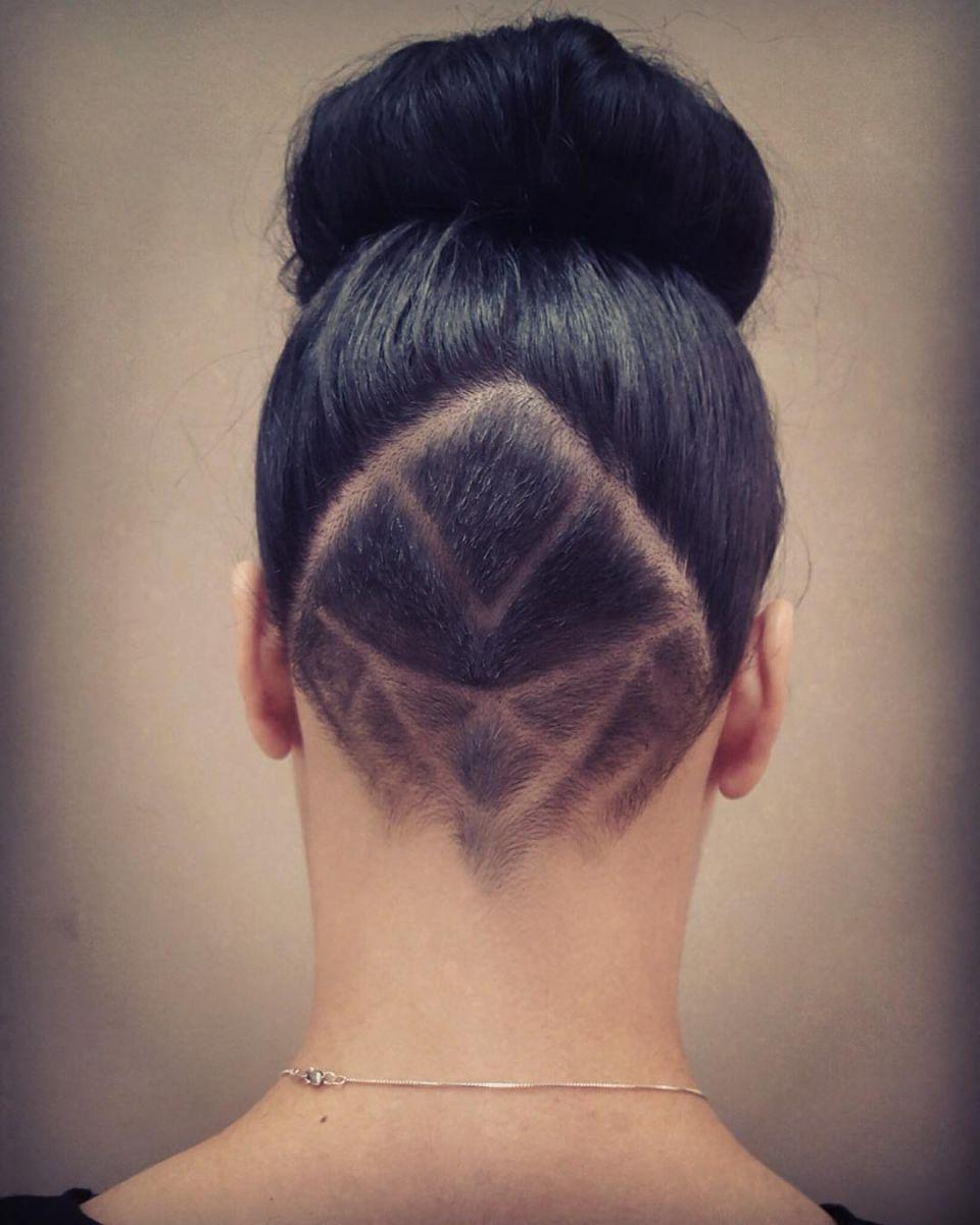 Татуировка для волос фото