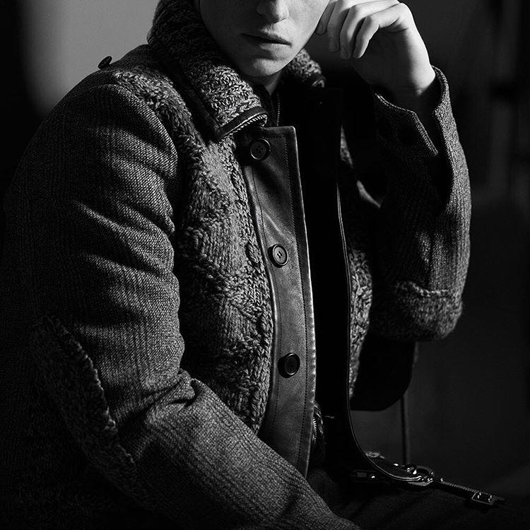 Эдди Редмэйн стал лицом рекламной кампании Дома Prada фото