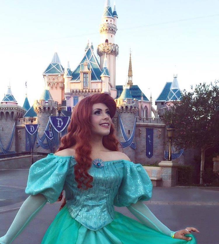 """""""Меня зовут Ричард, и я - принцесса"""": никто не превращается в героинь Диснея круче чем он!"""