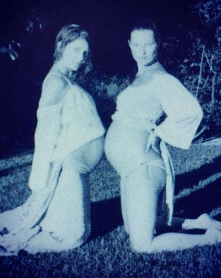 Части тела: Кейт Мосс снялась в необыкновенной фотосессии