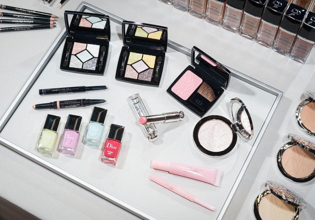 Первый взгляд: весенняя коллекция макияжа Glowing Gardens от Dior