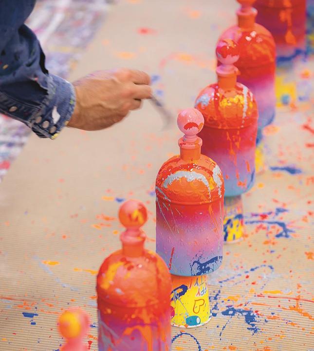 Искусство улиц: аромат Guerlain в уникальной граффити-упаковке будет стоить 9000 евро