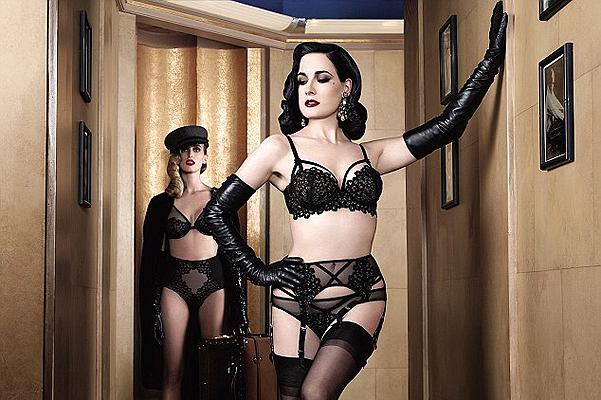 Леди-вамп: Дита Фон Тиз обнажилась в рекламе собственного белья