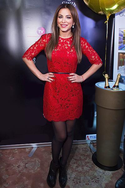 Ани лорак красном платье