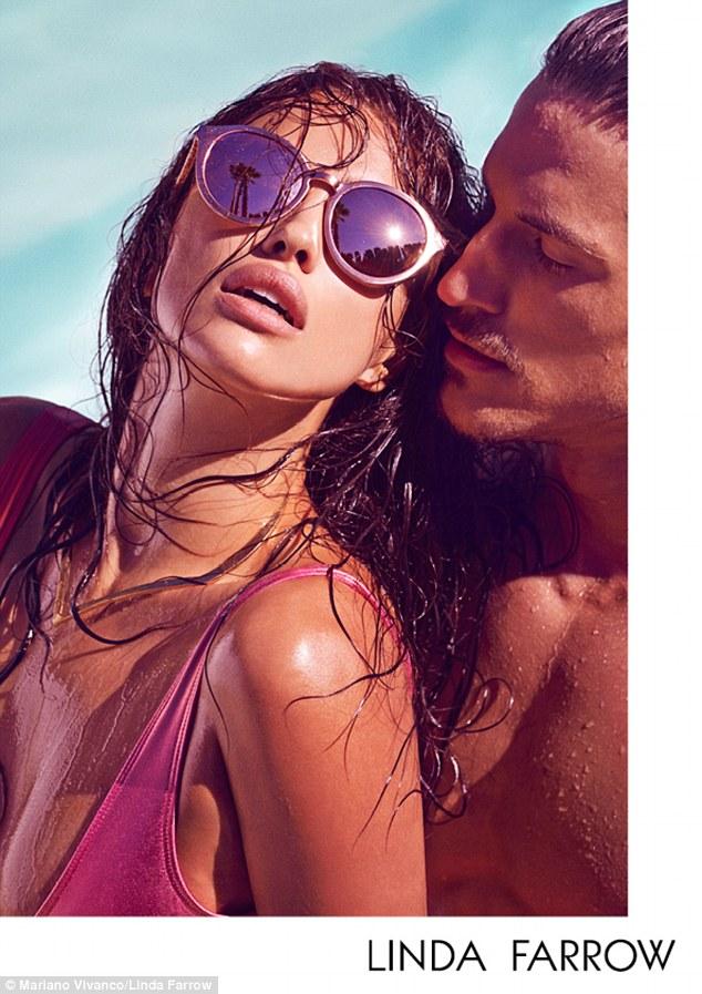 Горячая штучка: Ирина Шейк рекламирует стильные солнцезащитные очки