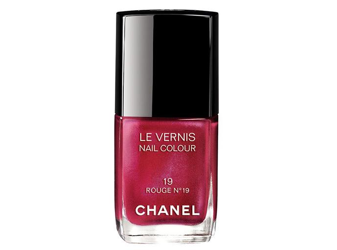 Хиты 80-ых: красные оттенки лака от Chanel