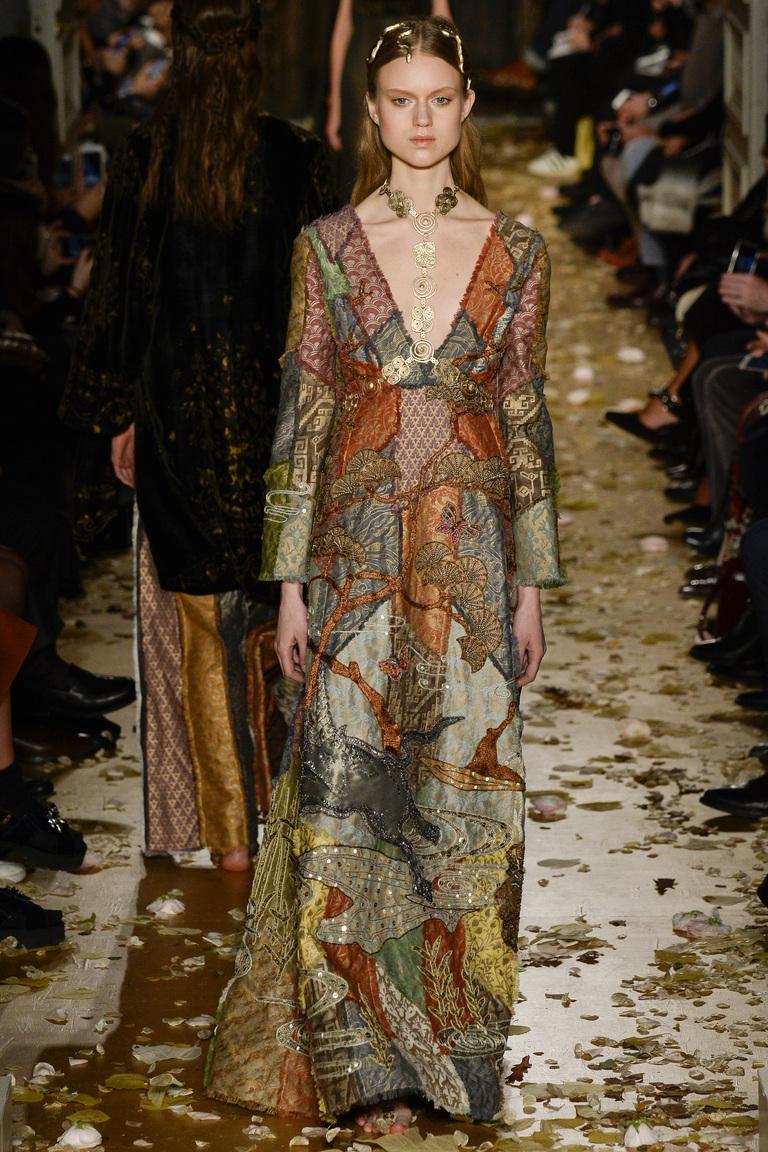 Коллекция Valentino Haute Couture весна 2016 обзор фото
