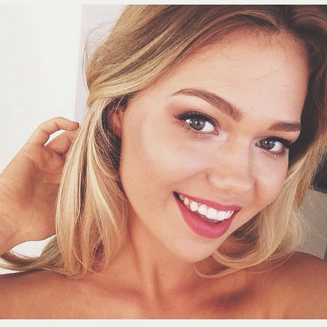 Звезда Instagram Эссена О'Нил