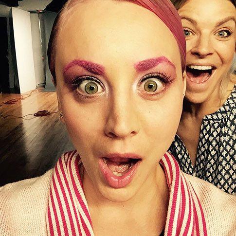 Розовые брови: известная актриса шокировала новыми бровями
