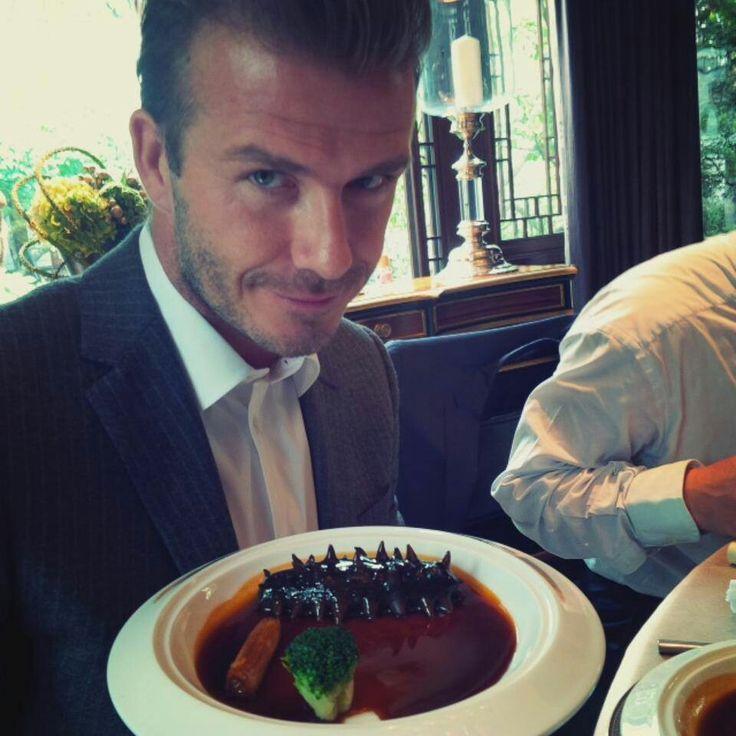 Маэстро куриного пирога: звездный повар рассказал о любимых блюдах семьи Бекхэмов, принца Монако, Шарлиз Терон и Сильвестра Сталлоне