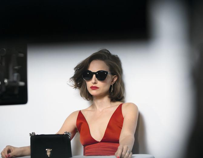 Натали Портман блеснула красотой в рекламе Dior (ФОТО)