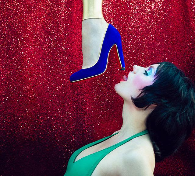 Танцуй, девочка: Кристиан Лубутен представил новую яркую коллекцию обуви