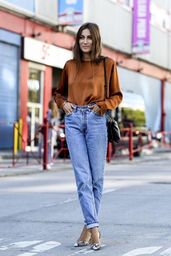 С чем носить Mom jeans? фото