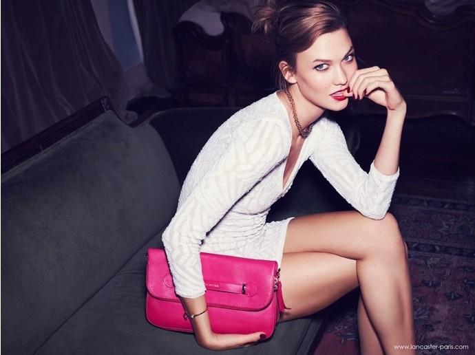 Спустя три года беспрерывной работы в Victoria's Secret компанию ангелов покидает супермодель Карли Клосс