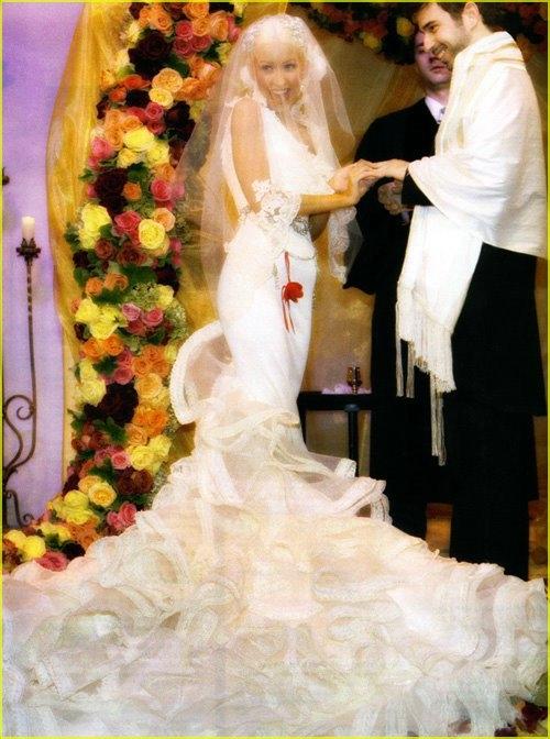 Самые стильные свадебные платья звезд всех времен