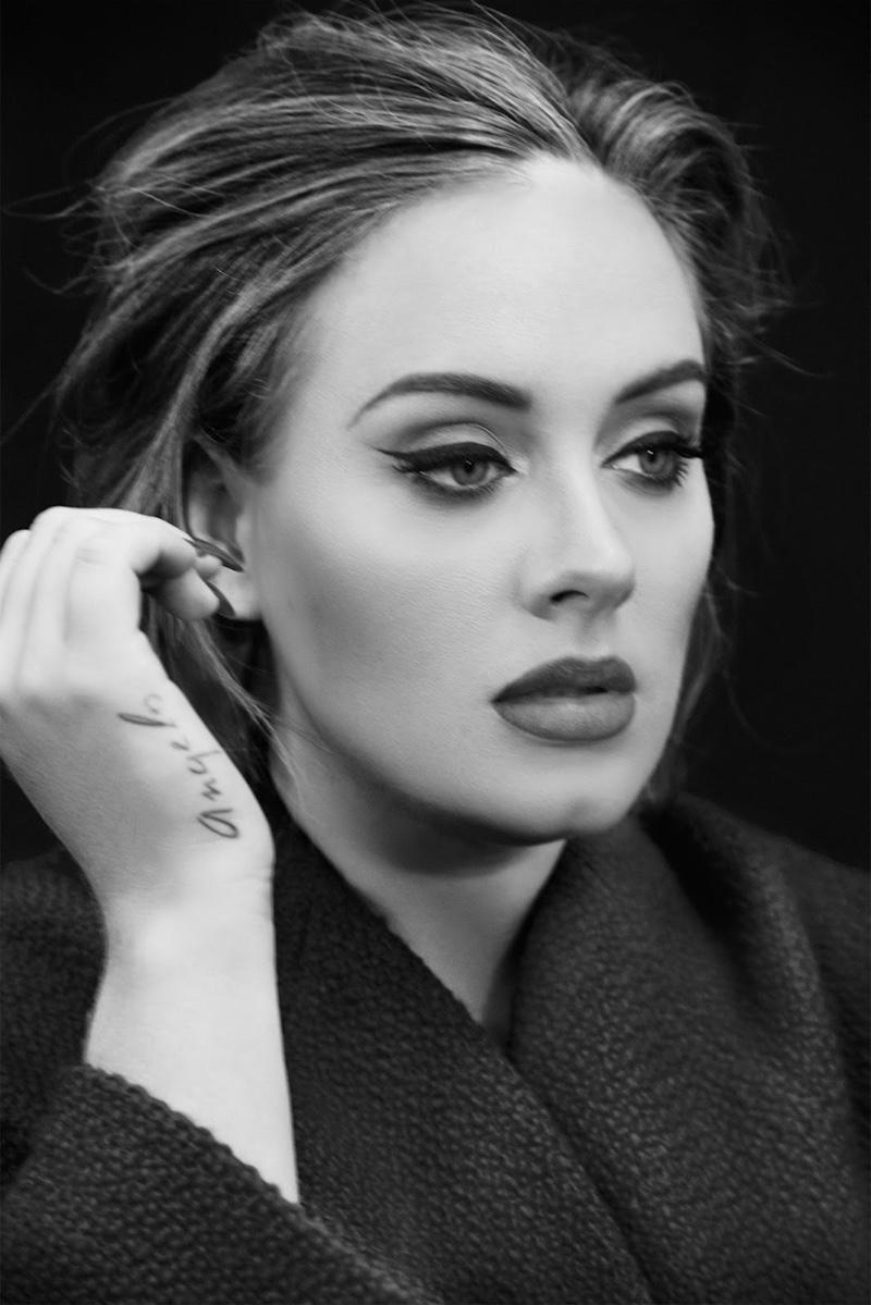 Смелая и прекрасная: Адель снялась в фотосессии для Time Magazine и дала откровенное интервью