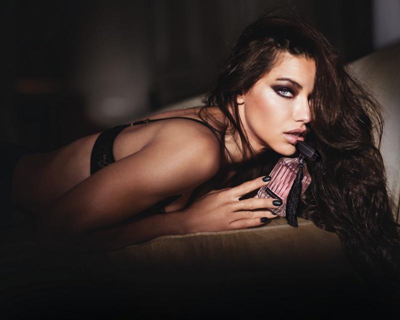 Адриана Лима снялась в белье для рекламы нового аромата Victoria's Secret (ФОТО)