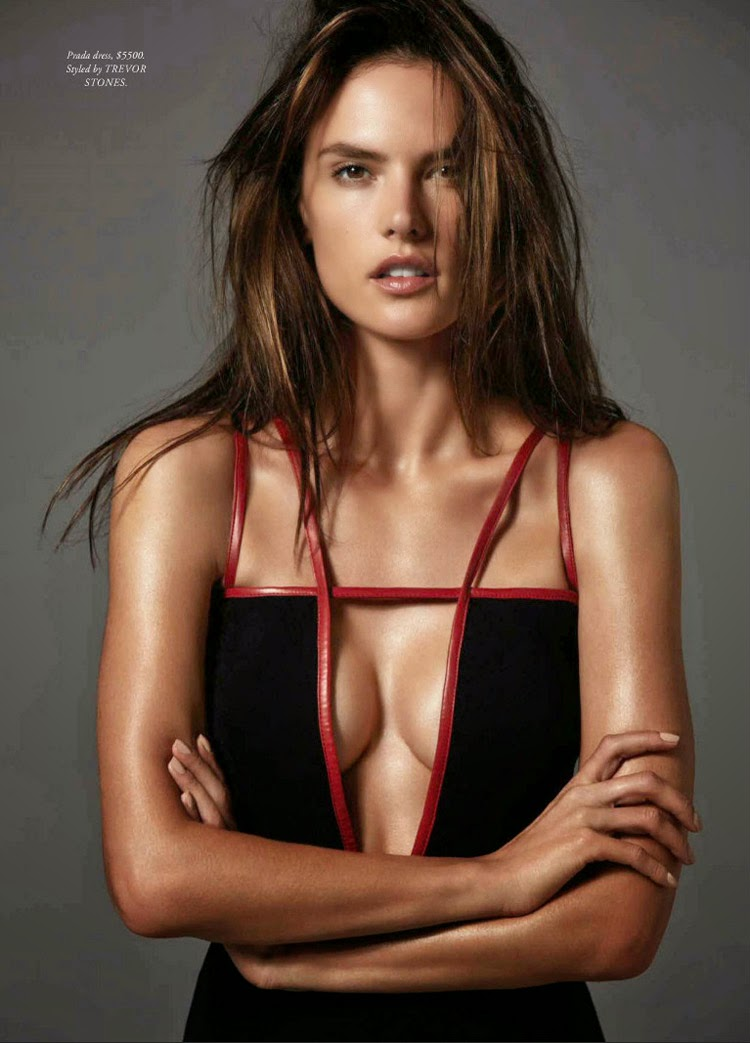 Алессандра Амбросио показала идеальные формы в новой фотосессии.
