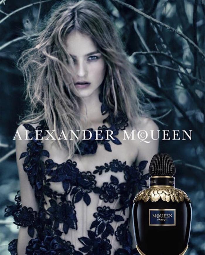 Alexander McQueen представили аромат стоимостью 395 долларов