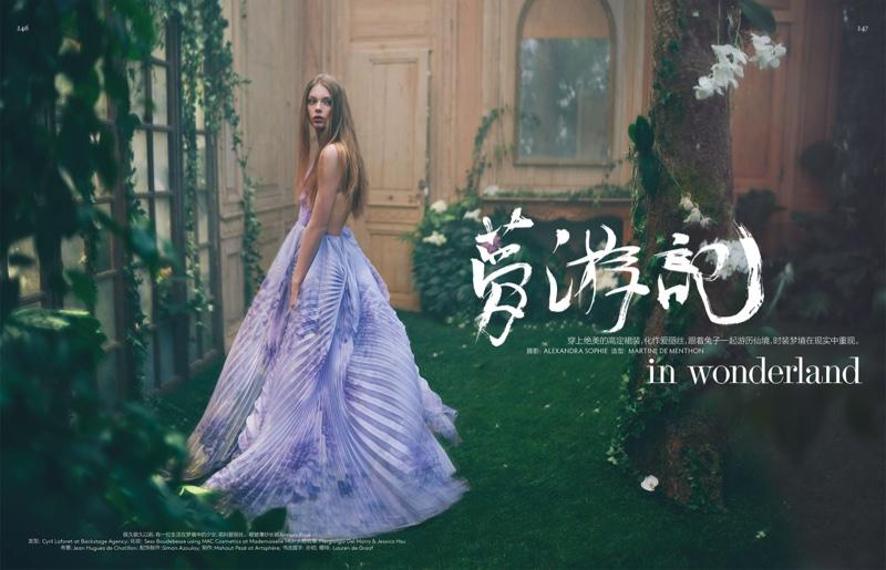Алиса в Стране чудес: сказочная и нежная фотосессия из нового выпуска Vogue China