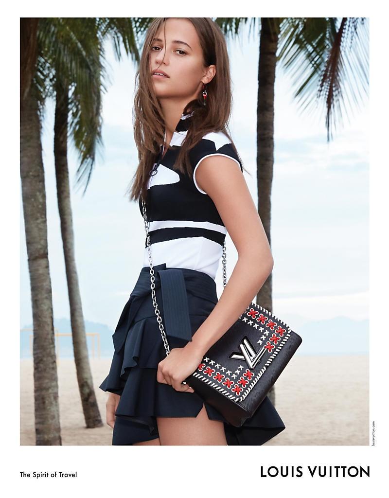 Алисия Викандер показала изысканную красоту и безупречный стиль в рекламе Louis Vuitton (ФОТО)