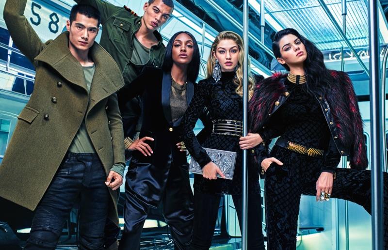 Коллекция Balmain x H&M поступит в продажу 5 ноября.