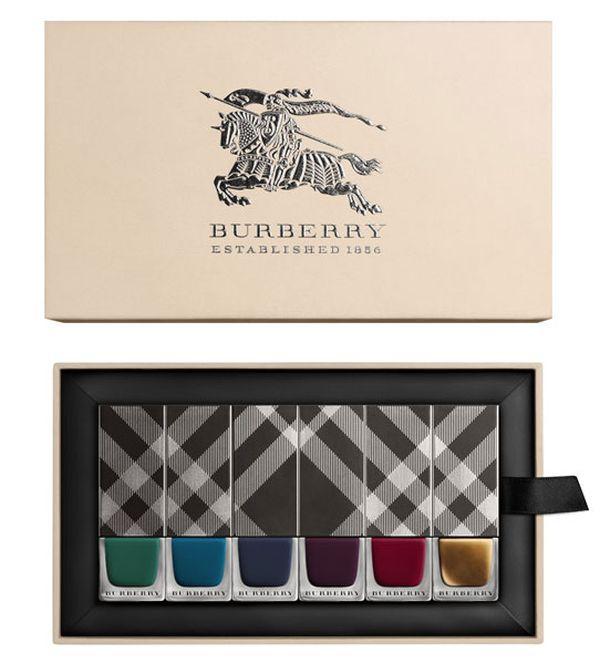Ода женской красоте в новой коллекции макияжа Burberry
