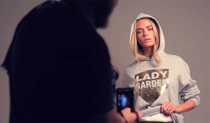 Кара Делевинь снялась в благотворительной кампании без белья (ФОТО)