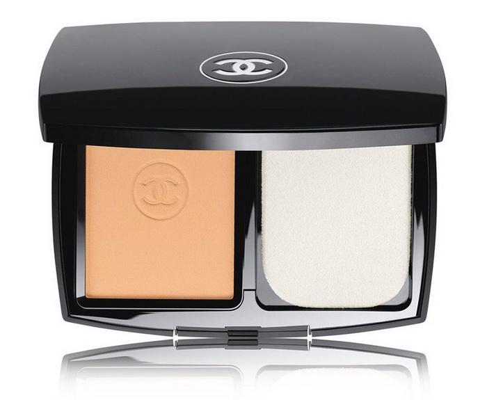 Твой маленький секрет: новая компактная пудра Ultrawear Flawless Compact от Chanel
