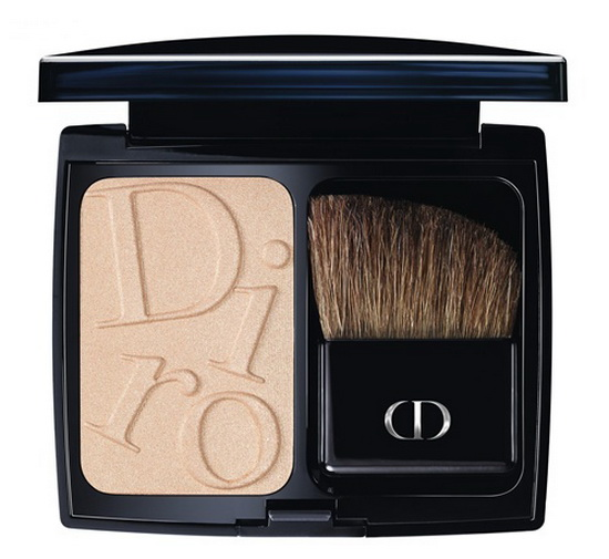 Готовимся к осени: Dior презентовал новую коллекцию декоративной косметики