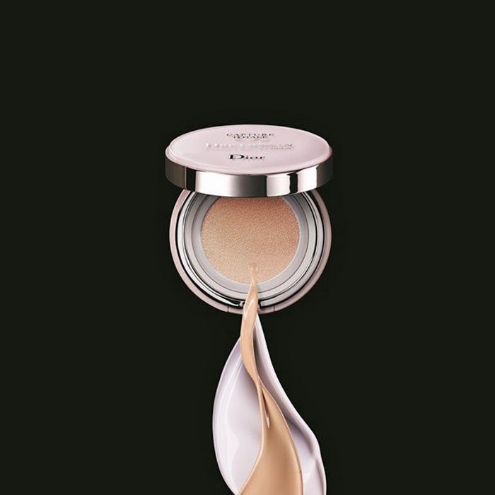 Кушонизация продолжается: новый тональный кушон Capture Totale Dream Skin Perfect от Dior