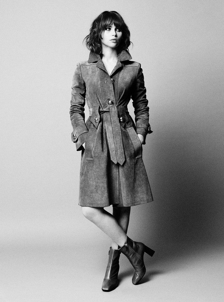 Яркая: Фелисити Джонс блистает в модном глянце