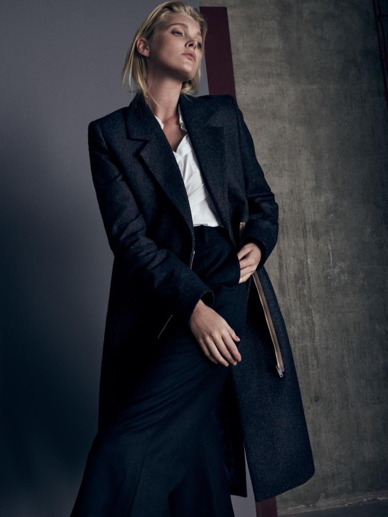 Нетипичный ангел: Эльза Хоск в жанровой фотосессии для So It Goes Magazine