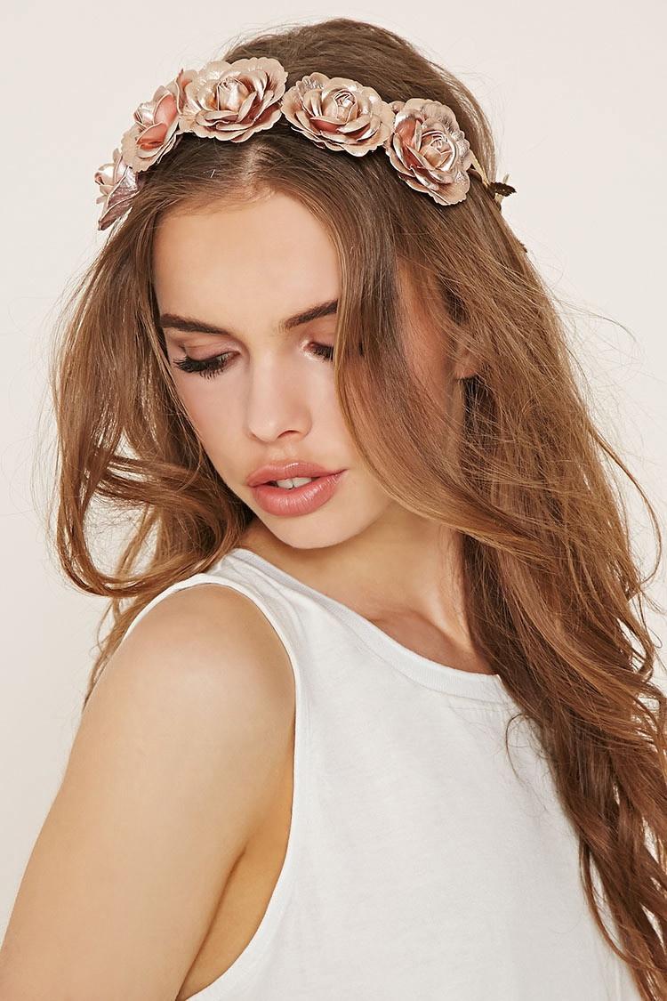 Голова в облаках, цветы в волосах: ободок с цветами - где взять, куда надевать