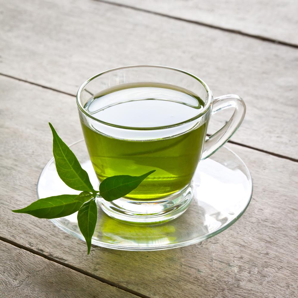 Зеленый чай имеет более миллиона полезных свойства, среди которых стоит отметить его волшебное действие на кожу