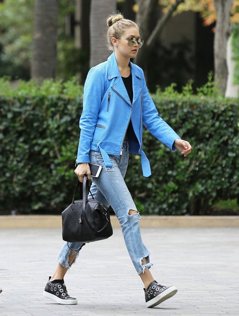 Street style недели: Джиджи Хадид похвасталась дерзким нарядом