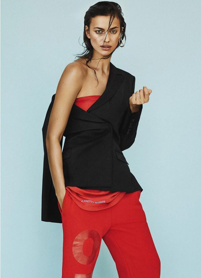 Ирина Шейк позирует в элегантных образах для fashion-story фото