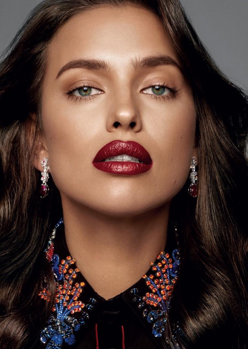 Ирина Шейк на обложке российского издания Glamour (ФОТО)