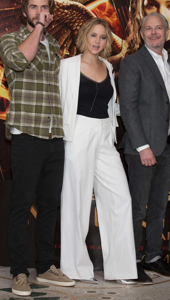 Идеальная пара: Дженнифер Лоуренс и Лиам Хемсворт в промо-туре