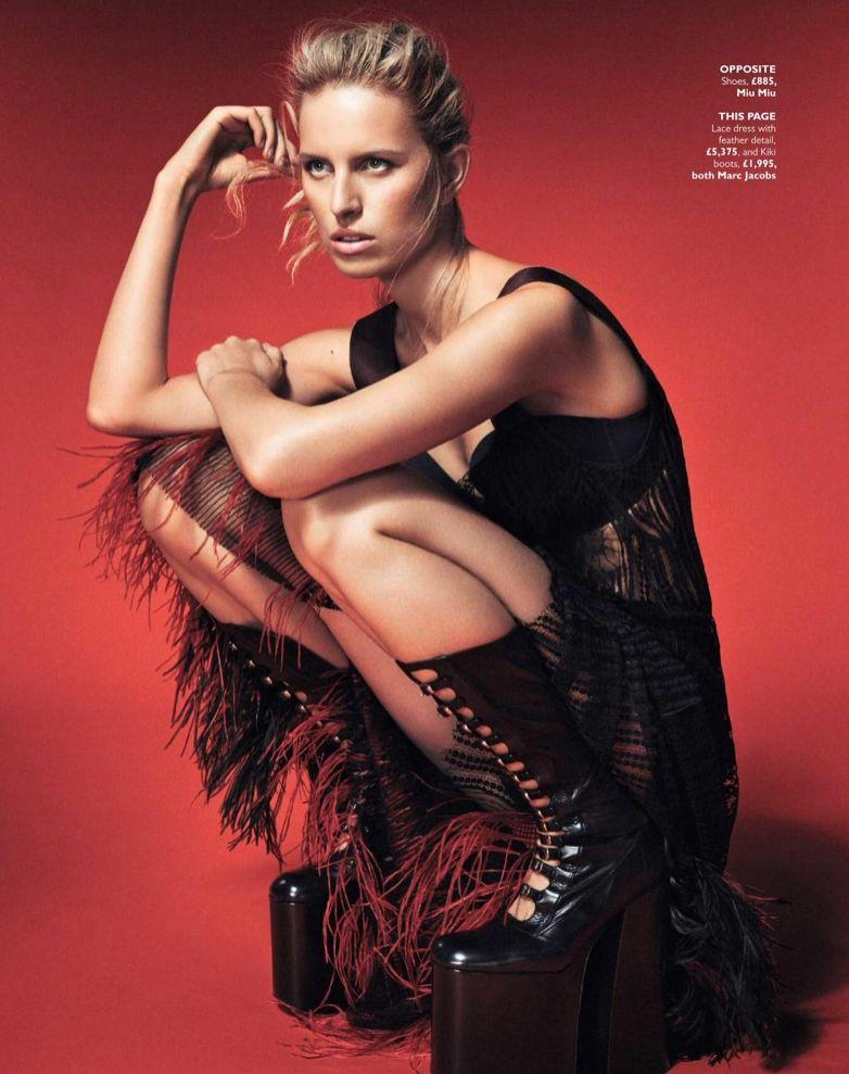 Каролина Куркова показала лучшие модные тренды в новой фотосессии (ФОТО)