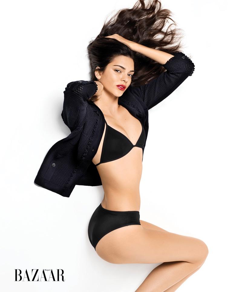 Первый взгляд: соблазнительная Кендалл Дженнер в купальнике снялась для Harpers Bazaar
