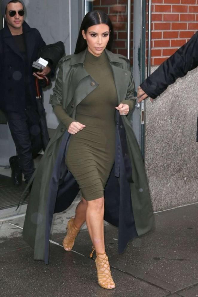 Леди-солдат: Ким Кардашьян в миллитари стиле