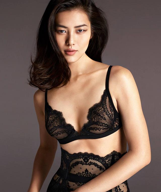 Сексуально и стильно: La Perla презентовала новую коллекцию нижнего белья
