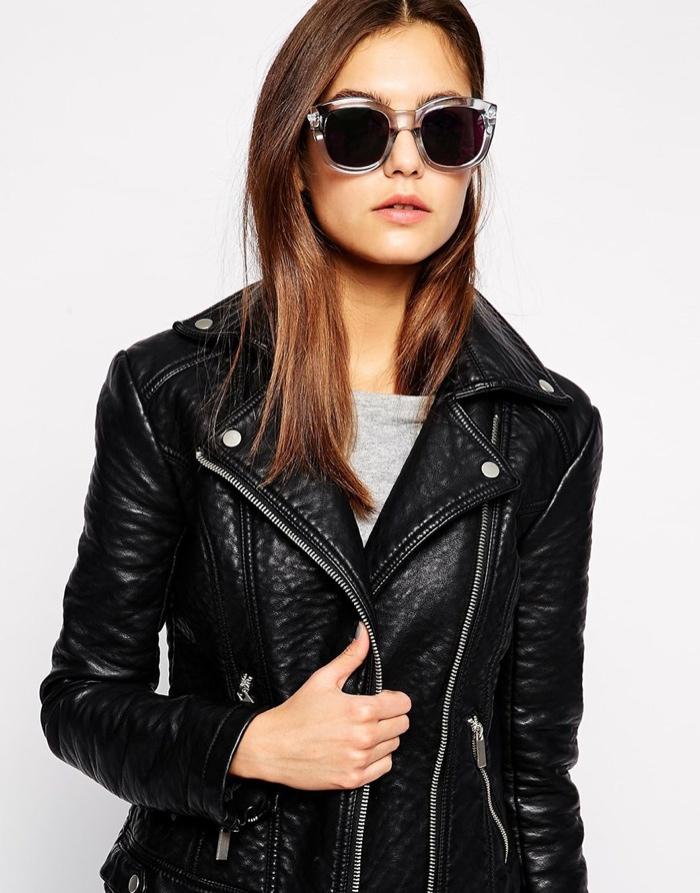 Роскошные солнцезащитные очки Le Specs 'Runaways' с зеркальными линзами. Цена: $88.80.