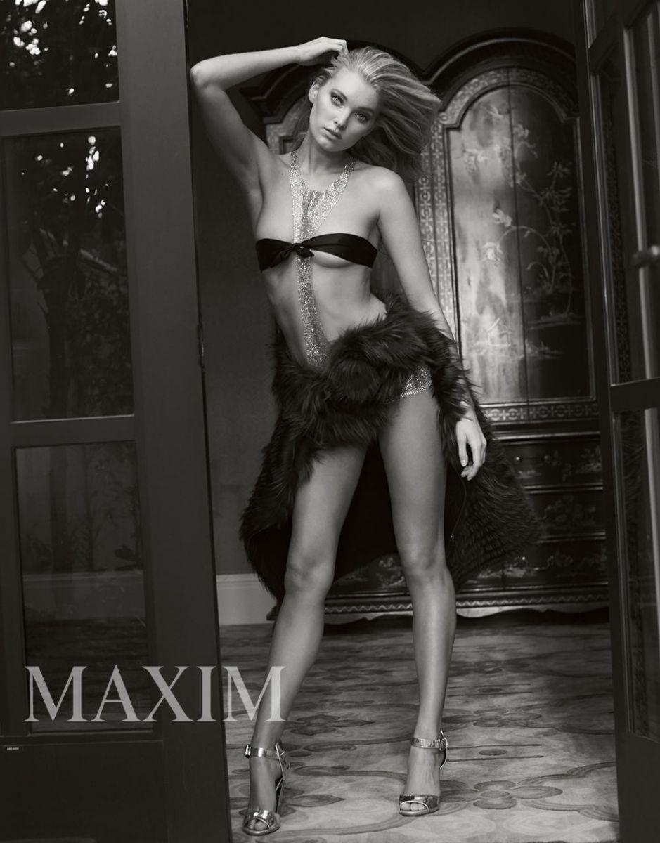 Ангельская красота: чувственная Эльза Хоск в пикантной фотосессия для Maxim