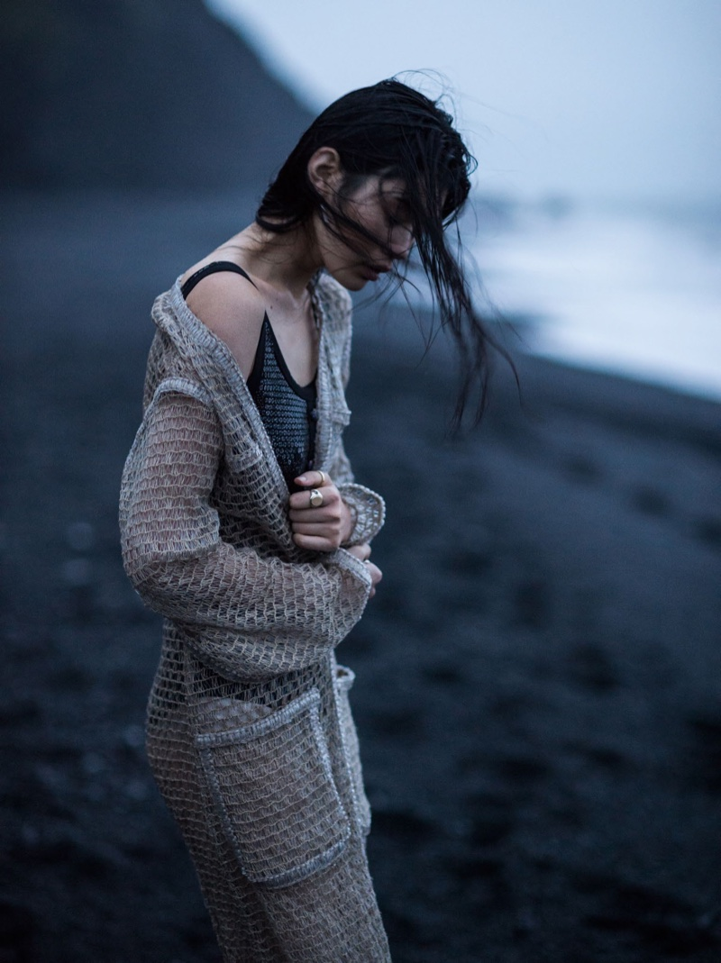 Загадочная Азия: Минг Кси появилась в живописной фотосессии Vogue China