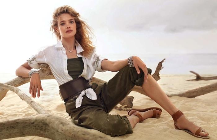 Девушка в песках: Наталья Водянова блистает во французском глянце