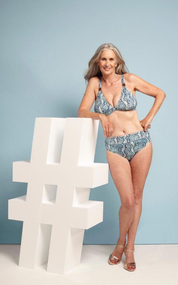 Модели в возрасте снялись в купальниках и призывали всех женщин не бояться делать то же