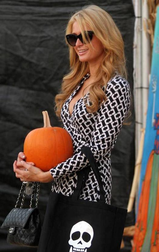 Все за тыквами: как знаменитости готовятся к Хеллоуину